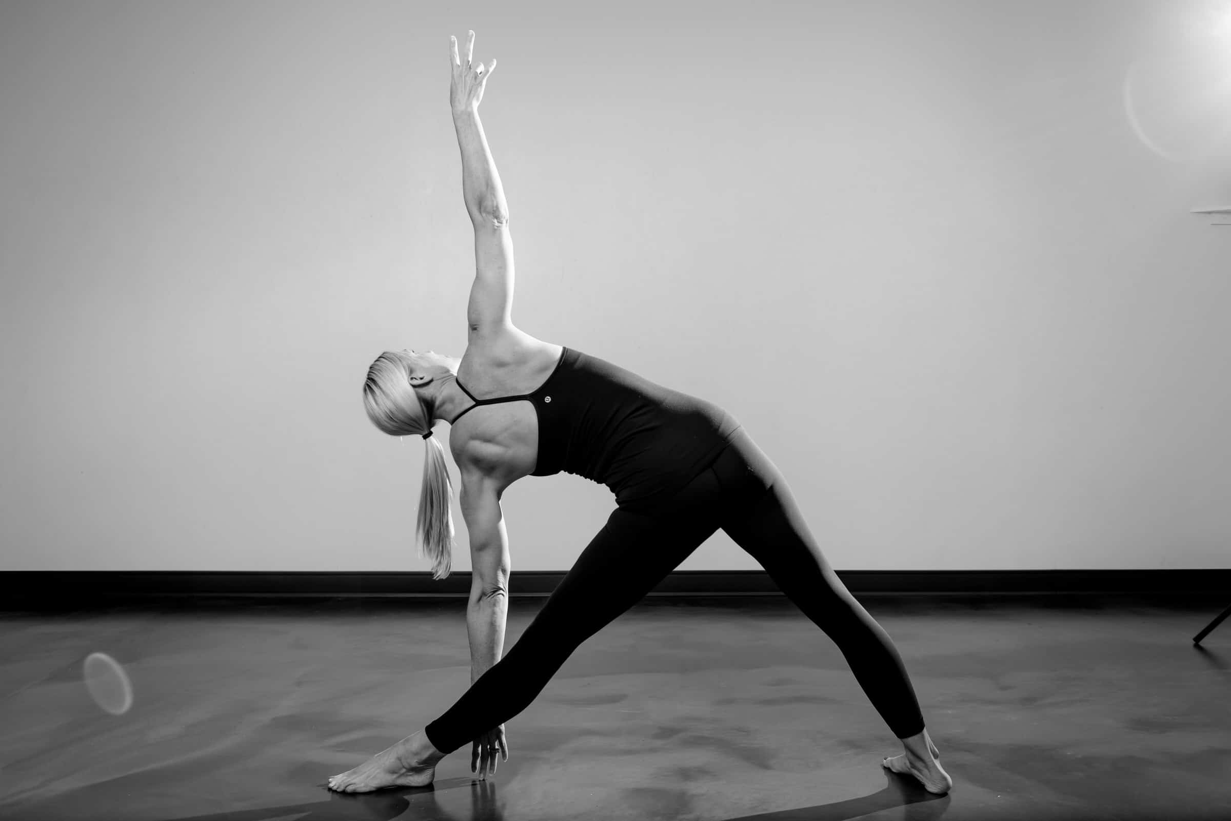 Harbor-Yoga-April-2018-Meg-Z-Action_2400px